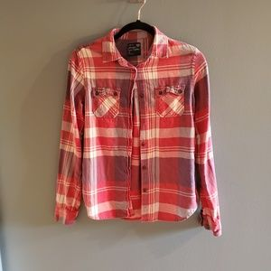 💞3/$25💞American Eagle Red Toned Fannel